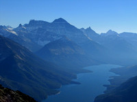 Yet another impressive American peak is Mount Cleveland. It rises almost 1600 metres above Upper Waterton Lake.